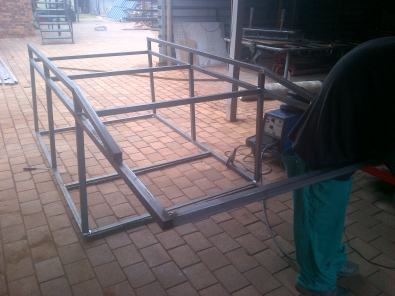Bakkie roof carriers