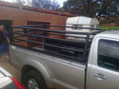 cattle frames for bakkie