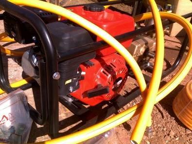 FIRE FIGHTER pressure sprayer NEW PETROL 6.5 HP Jetwasher Power sprayer. New