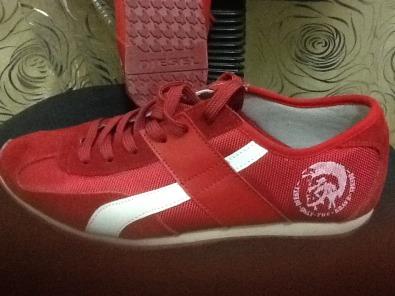 4702b91059e4e3 Red Diesel sneaker shoes