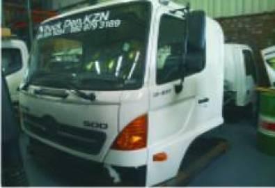 NEW HINO 500 CAB 'NEW SPEC' 16/26,10/17 FULL TRIM,