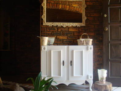 Bathroom vanity in an antique french design