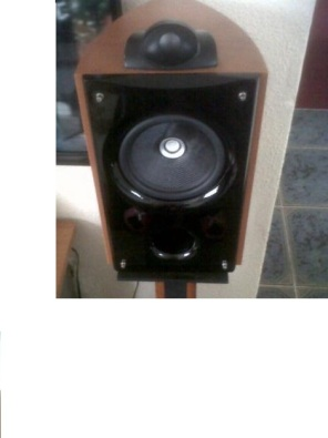 Acoustic Research Bookshelf Speakers