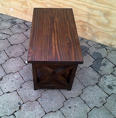 Coffee table Chunky Cottage series 800 with crosses Stained