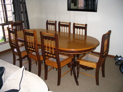 Beautifull Yellow Wood And Imbuia Dining Set
