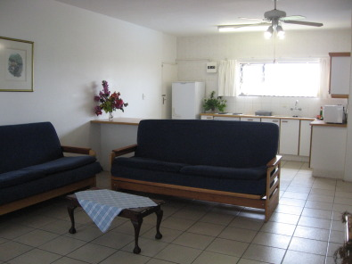 4 SLEEPER SELF-CATERING HOLIDAY FLATS FROM R125 P.P.P.N. FOR 4 GUESTS ST MICHAELS-ON-SEA SHELLY BEACH