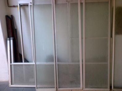 Bathroom sliding doors ( 2 types)