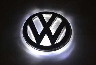 Light up car logo's/badge's