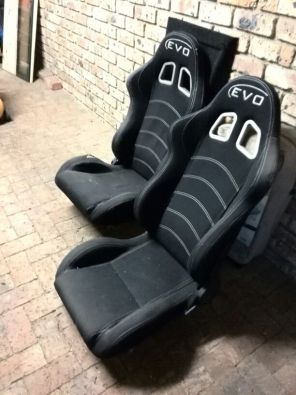 Evo Bucket Seats X 2 Junk Mail