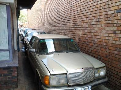 MERCEDES BENZ W123 S