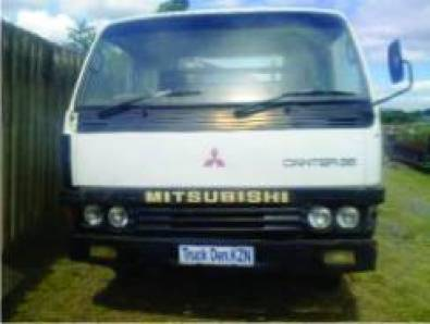 MITSUBISHI CANTER 35 BREAKING FOR SPARES TEL 033-3