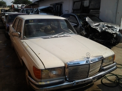 MERCEDES BENZ W116,W123,124 NOW STRIPPING 4 SPARES