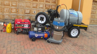 b0f9ec707c Mobile car wash trailer with equipment