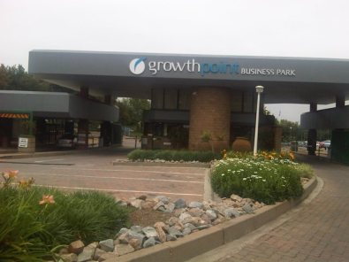 748m Office in Midrand