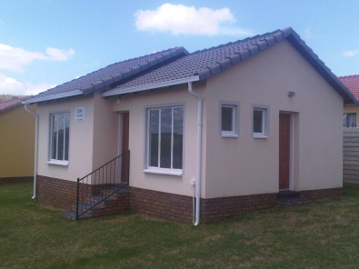 New Houses in Rosslyn in Pretoria North