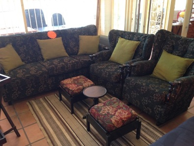 Second hand lounge suites for sale