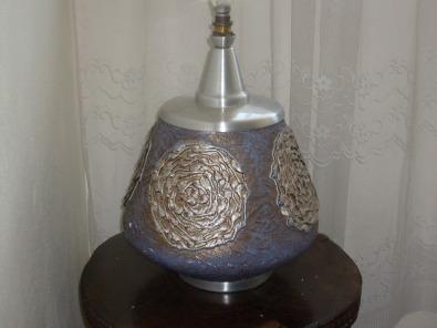 DESIGNER LAMP STAND