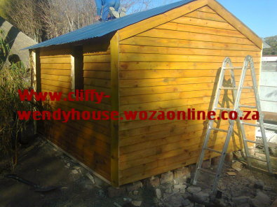 wendy house for sale and moving