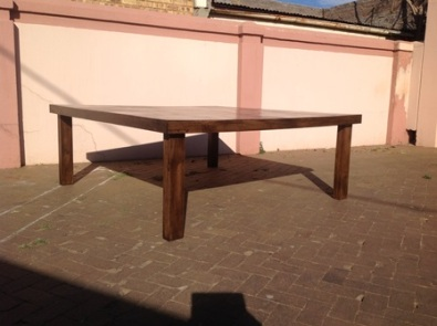 Patio table Farmhouse series 2000 square Stained