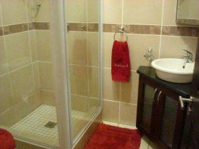 Uvongo KZN Holiday Apartment for sale