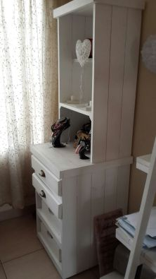 Display unit Farmhouse series 1900 with drawers