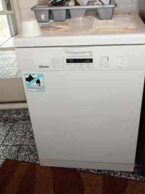 Ongebruikt Miele Dishwasher - G1222 DC ( Type HG03 ) | Junk Mail CI-22