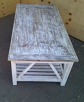 Coffee table Cottage series 1400 with slatted shelf Weathered look