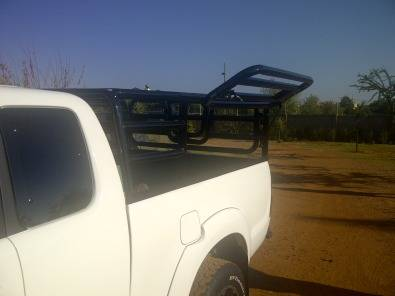 Livestock frames for bakkies