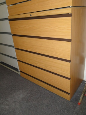 5 Drawer Oak Optiplans forsale - R2500 Neg