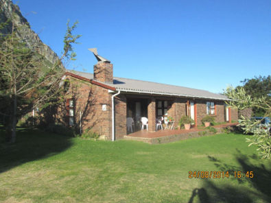 Large property for Sale in Betty's Bay Proper ~ C