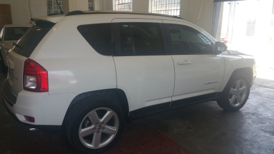 nice driving jeep compass 2.0