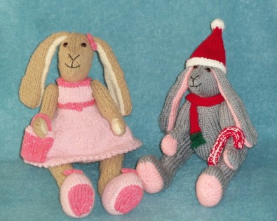 Knitting patterns: Popular Characters, dolls, & teddies