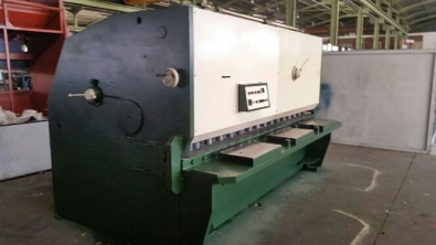 GUILLOTINE ADIRA 3200MMX13MM USED FOR SALE