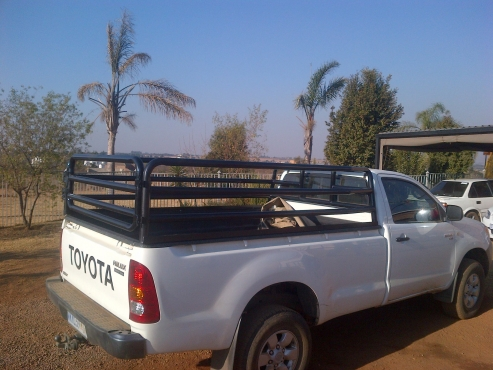 Hilux single cab cattle rails /tralies