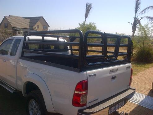 Hilux Toyota EXT CAB cattle rails/ beestralie
