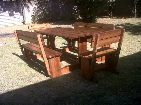 Maroela 8 Seater Bench Table