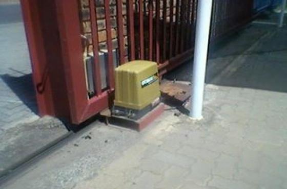 gate motor installation