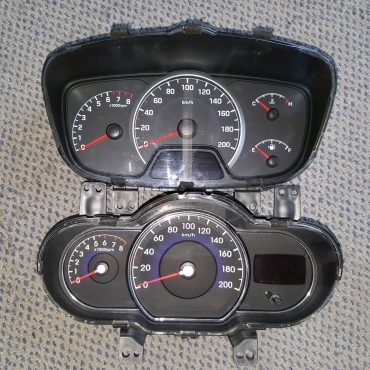 Hyundai i10 speedometer clusters