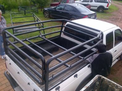 Gas transport bakkie cages
