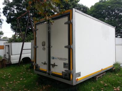 4 ton insulated freezer truck body
