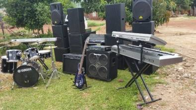 SOUND HIRE FOR LIVE PERFORMANCE OR DJ
