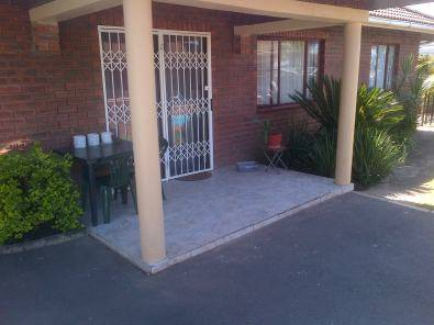 INCOME GENERATING PROPERTY FOR SALE 7 X FLATLETS