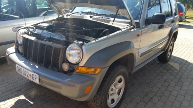 JEEP CHEROKEE STRIPPING FOR SPARES-2005
