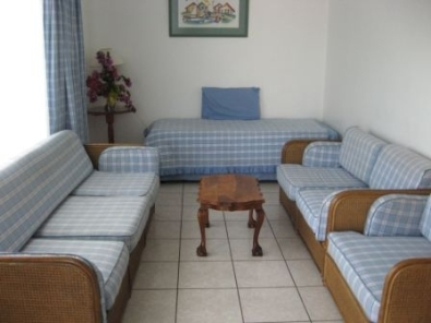 2 Bedroom Furnished Flat St Michaels-on-Sea Uvongo R5250 p.m. imm occ
