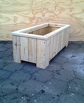 Planter box Shenaz series 1110 Raw