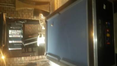 Pool Table (Blue)