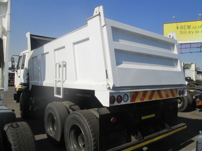 Impressive CW290 10M3 Tipper truck clean Reliable