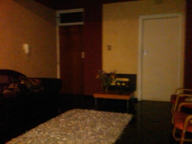 Flat Share: Female/s to Share a flat in a HUGE 2 bedroom flat - Near Transport Routes, Joubert Park