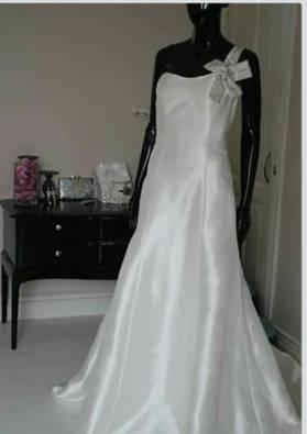 Wedding dress Tusneem Helena