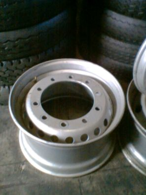 SECOND HAND 385 RIMS